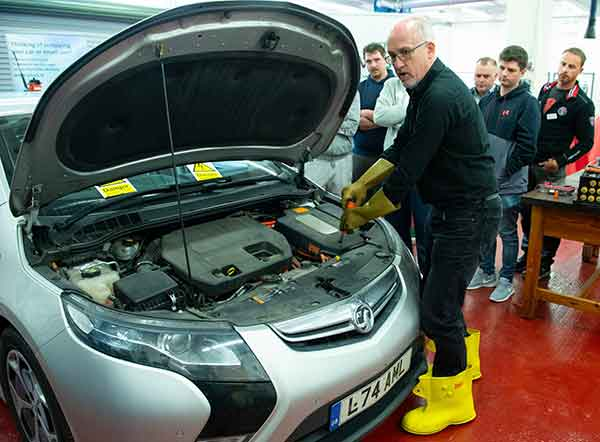 Andy Latham of Salvage Wire demonstrates best practice in the safe handling of end-of-life hybrid and electric vehicles.