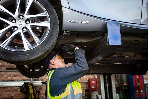 SYNETIQ - New digital platform automates green parts for car repair p