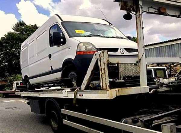 Waste vehicles seized at road stops in Kent in multi-agency operation f