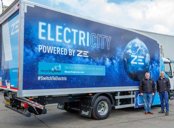 Recycling Lives trials Renault Electric Truck f